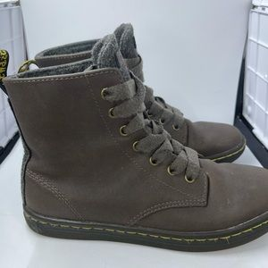 Dr. Martens Women BrownLeather Leyton Ankle Boots